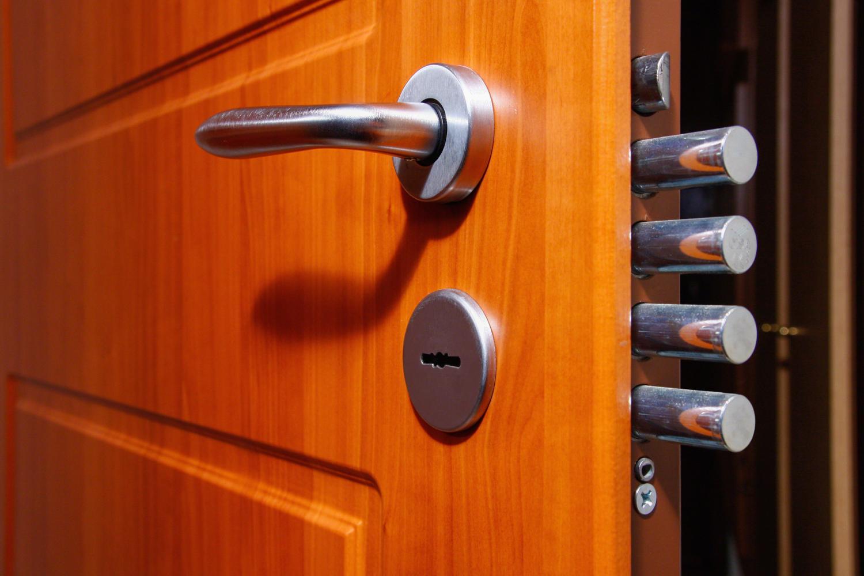 Az acél biztonsági ajtó CISA trezorzár rendszere / CISA trezorzár átprogramozása